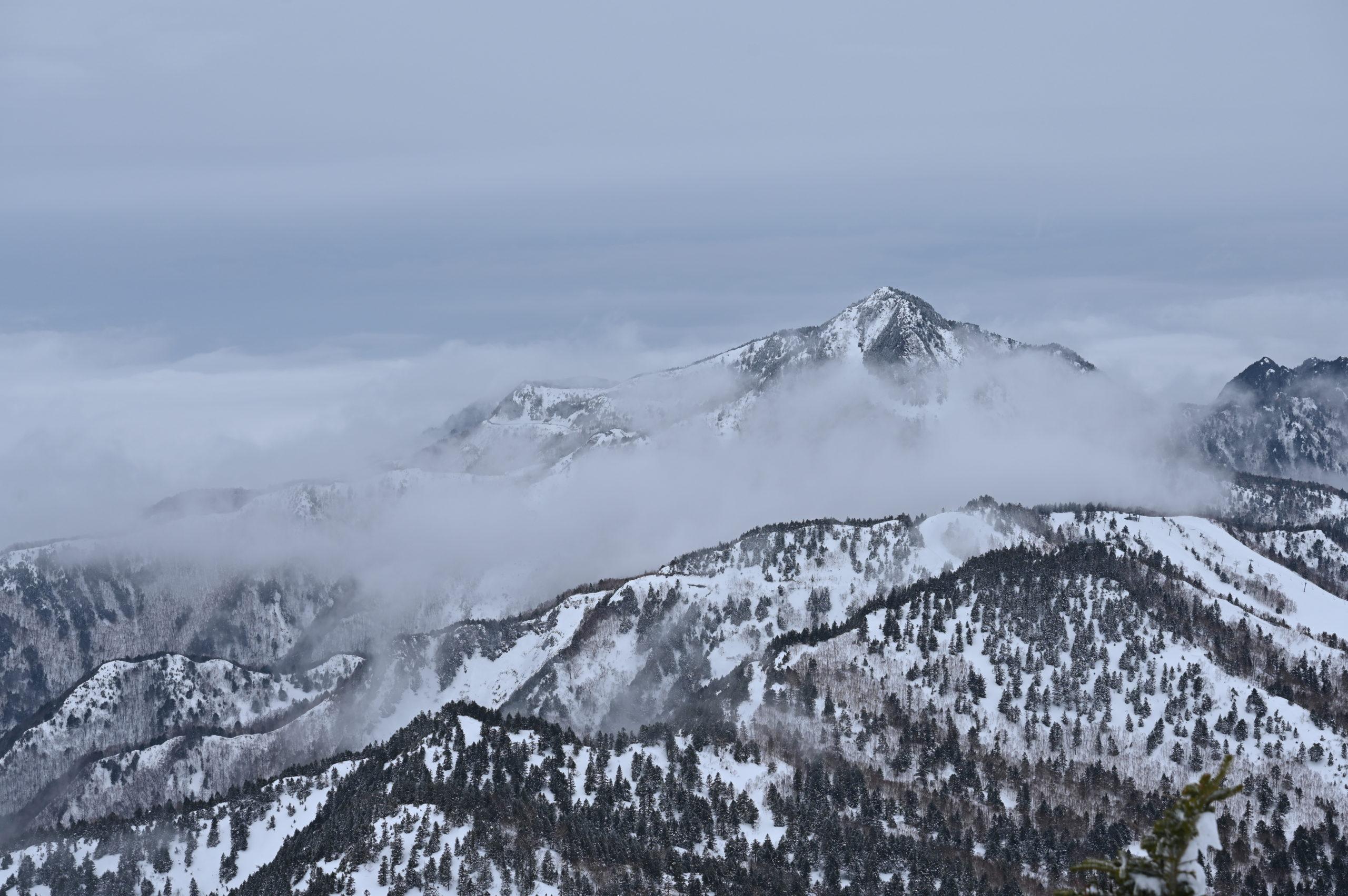 志賀高原写真教室 横手山山頂から雲海を臨む